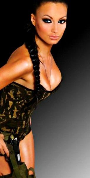 Грудь жени феофилактовой фото