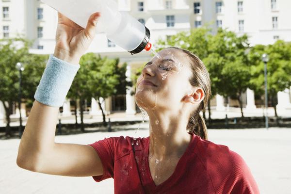 Самое интересное : 16 проверенных методов спасения от жары