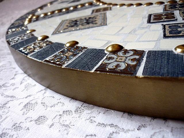 Зеркало из керамической плитки
