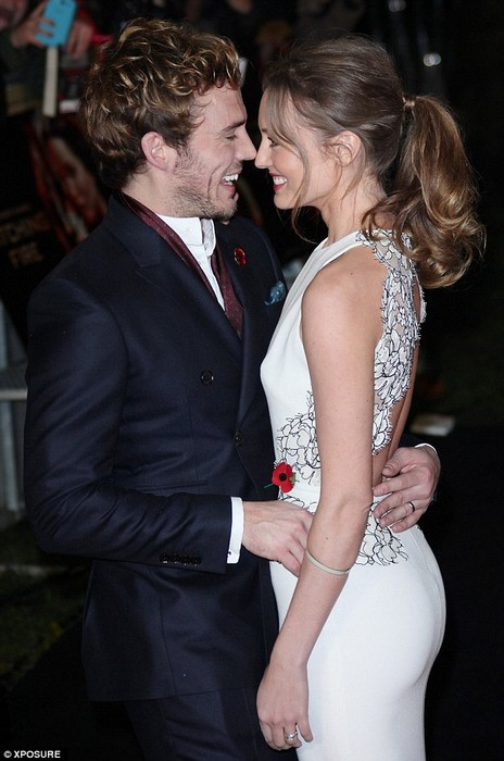 Sam Claflin with wife Laura Haddock on the red carpet and afterparty ...