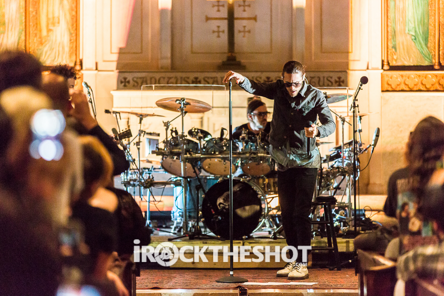 Thirty-Seconds-to-Mars-at-St-Peters-Papeo-3.jpg