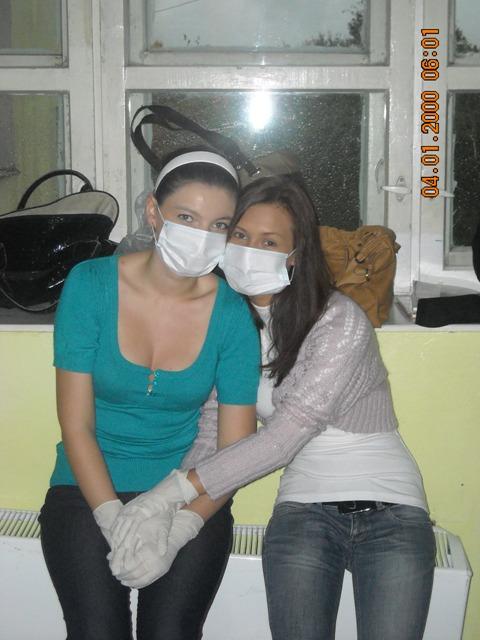 Моря мужик девушки в медицинских перчатках видео смотреть русская